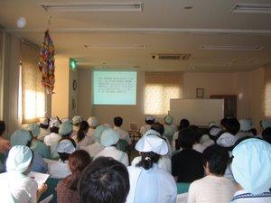 下関市の医療法人桃崎病院では、医療安全委員会研修として  「転倒転落について」の研修会を行いました。